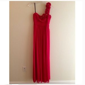 City triangle one shoulder red dress